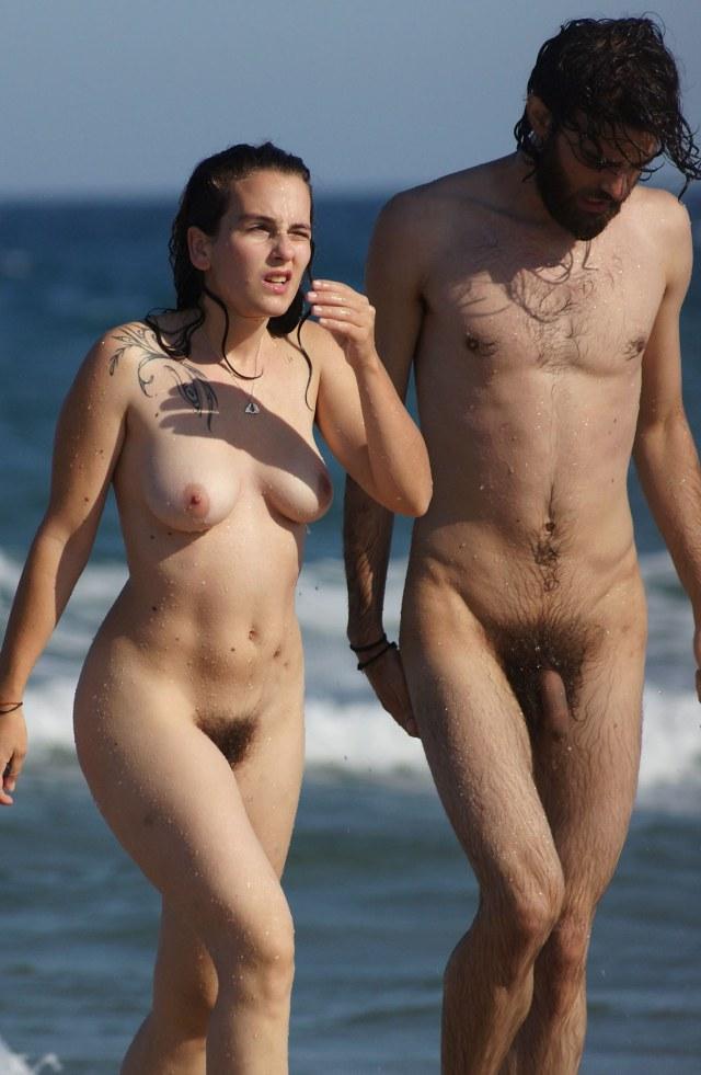 Nudist amateur couple, lesbiansex in